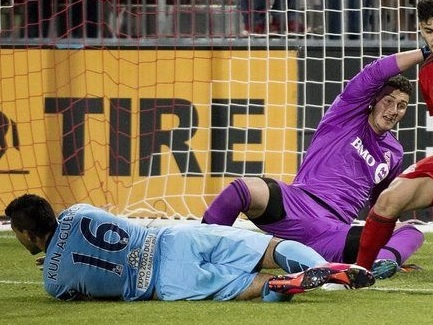 1f7453dcb6c Empire United s Alex Bono Makes MLS Debut Against Manchester City of ...